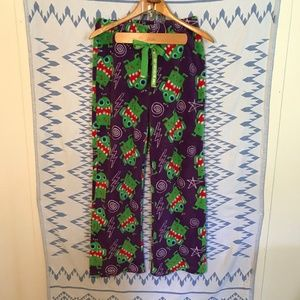 Tara Rue 21 Women's Green Monster Lounge Pants